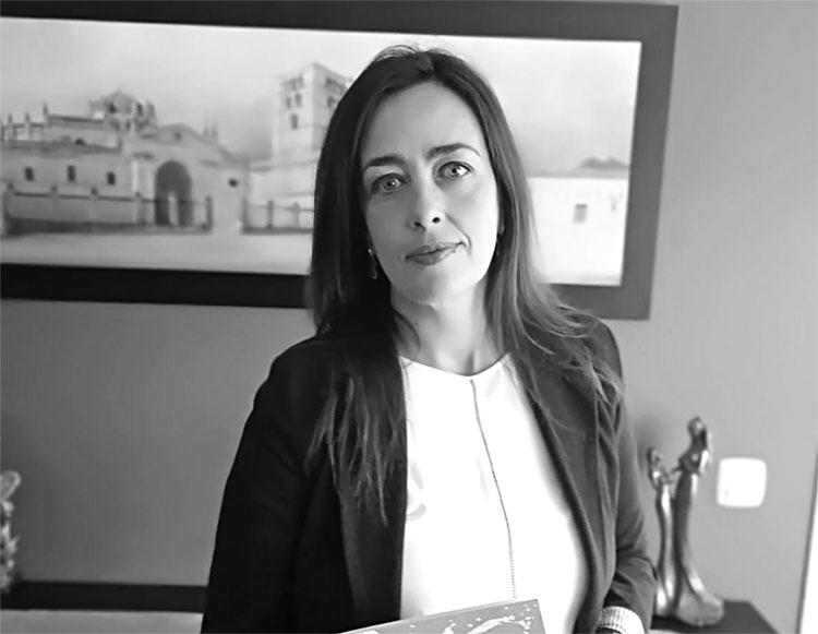Entrevista a Mónica Cubas