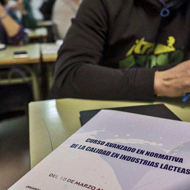 La Escuela de Industrias Lácteas vuelve de la pandemia con clases presenciales